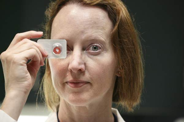 philadelphia inquirertns dr anna murchison of the wills eye institute in philadelphia warns that non prescription colored contacts can be dangerous to