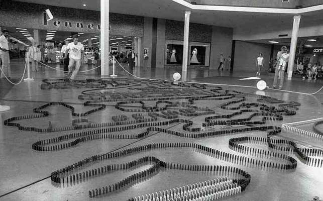 Fort Wayne Mall >> Domino Wizard At Southtown Mall History Journal The Journal Gazette