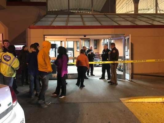 Shooting in Kroger leaves 1 critical | Police/Fire | The Journal Gazette