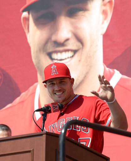 Angels' Mike Trout Enters Opening Day With Rich New