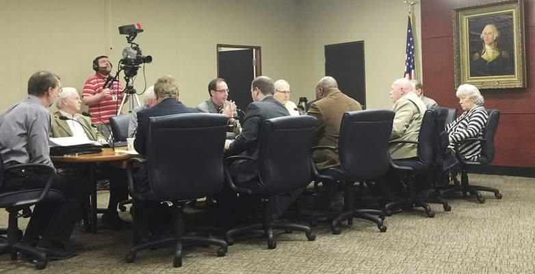 Dave Gong | The Journal Gazette Fort Wayne City Council members receive salaries of $22,279, the highest amount paid of the four biggest cities in the state.
