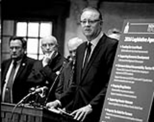 Associated Press Senate President Pro Tem David Long, R-Fort Wayne, outlines Republicans' agenda Tuesday at the Statehouse. Senate Bill 200, approved in committee Wednesday, addresses problems with last year's ISTEP+.