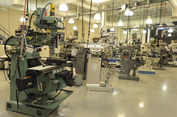 Michelle Davies   The Journal Gazette The Advanced Manufacturing Lab at Ivy Tech.