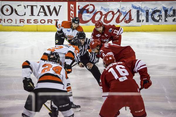 File The Fort Wayne Komets have been an independent team for most of their existence, but would like to remain affiliated with a team next season.