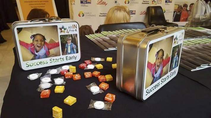 Niki Kelly | The Journal Gazette A coalition of entities supporting an expansion of pre-kindergarten in Indiana bring boxed lunches and snacks to thank lawmakers Tuesday during Organization Day.