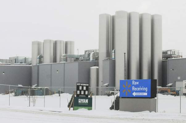 Michelle Davies | The Journal Gazette  A Walmart milk-processing plant is under construction at the intersection of Bluffton and Pleasant Centerroads. The plant was listed in a report last week as one of the major commercial projects in 2017.
