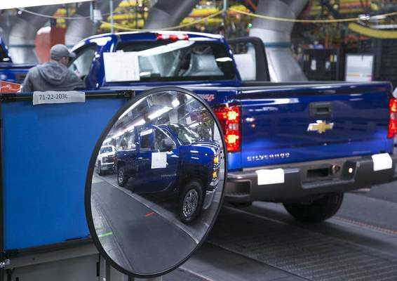 File The Alliance of Automobile Manufacturers says U.S. tariffs on imported steel will add $5,800 to the cost of each new vehicle, including those made at the Allen County GM plant.