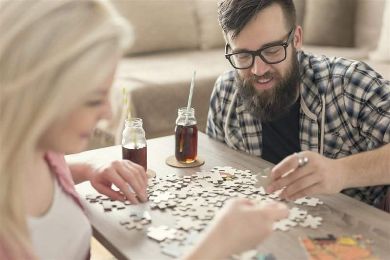 Jigsaw puzzles exercise both sides of brain | Living | Journal Gazette