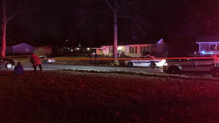 Fort Wayne police investigate a shooting in the 6100 block of Downingtown Drive on the city's south side. (Jamie Duffy | The Journal Gazette)