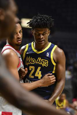 Mike Moore | The Journal Gazette Mad Ants forward Alize Johnson watches for the inbound pass in the first quarter against Rio Grande Valley at Memorial Coliseum on Monday.