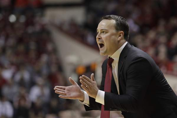 Indiana head coach Archie Miller leads the Hoosiers into Assembly Hall tonight against Jacksonville, where Indiana will try to win its sixth straight game and finish the non-conference slate 9-2. (AP Photo/Darron Cummings)