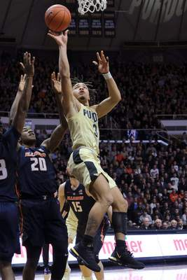 Purdue guard Carsen Edwards had 23 points in the No. 14 Boilermakers' 73-56 win over Illinois at Mackey Arena on Wednesday. Purdue has won four in a row overall and 16 straight at home. (AP Photo/AJ Mast)