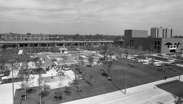Sept. 27, 1973: Several hundred people turned out at noon for the dedication of Freimann Square. (JG file photo)