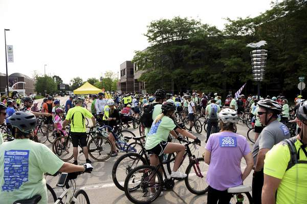 Katie Fyfe | The Journal Gazette  Main Street is filled with bikes for the Fort4Fitness 8th annual Spring Cycle on Saturday.
