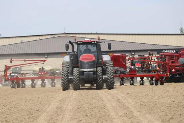 Courtesy photos The Redline Equipment test plot project provided farmers with practical knowledge of the advantages gained through using cutting-edge planter technologies from Case IH and Precision Planting.