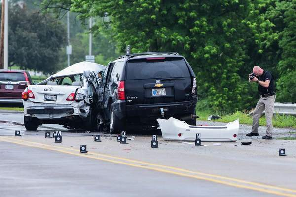 Morning crash closes West Jefferson | Police/Fire | The