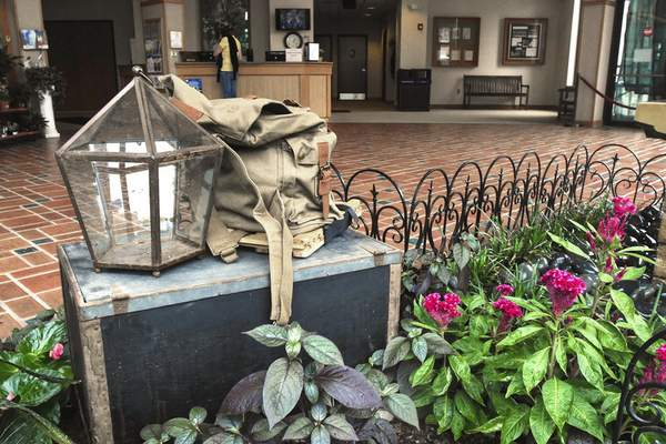 Michelle Davies   The Journal Gazette A Wardian case, the forerunner of the modern terrarium, invented by Dr. Nathaniel Bagshaw Ward, of London, along with a backpack, and a steamer trunk, are part of the Foellinger-Freimann Botanical Conservatory's new exhibit