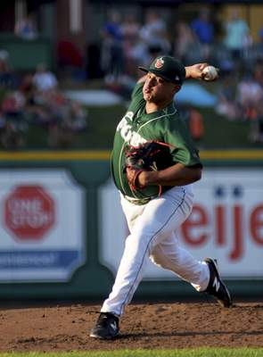 Katie Fyfe | The Journal Gazette  The TinCaps' Efrain Contreras pitches in the second inning against the Dayton Dragons at Parkview Field on Thursday.