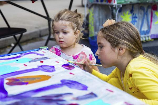 File  Taste of the Arts shows off local music, theater and dance acts. It also lets kids get their hands (and faces!) dirty.