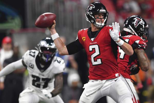best service 9036a 0e311 Jones scores late TD, leads Falcons past Eagles 24-20 | NFL ...