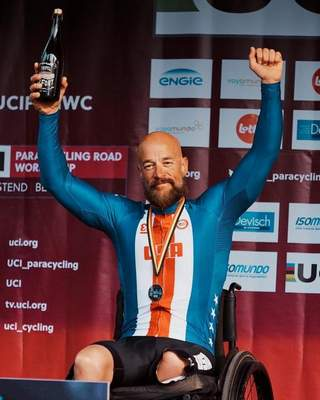In late September, Davis won two silver medals in handcycle at the world championships in Emmen, Netherlands. It was the first time in five Paralympics or world championships attempts that Davis had won a medal.
