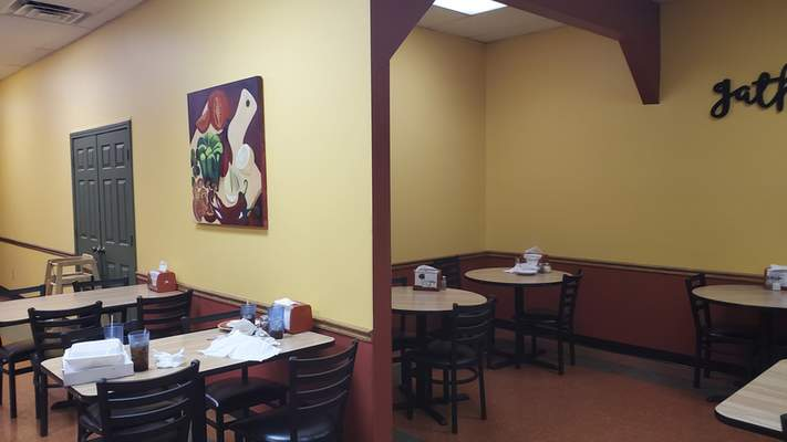 The dining room at Raimondo's Pizza on West State Boulevard.