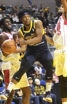 Katie Fyfe   The Journal Gazette The Mad Ants' Jovan Mooring passes the ball during the fourth quarter Sunday against Windy City.
