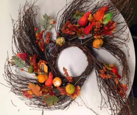 Recalled TJX Gardeners Eden light-up sample decoration - autumn wreath with silk leaves, pumpkins and gourds.