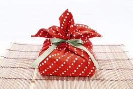 Homes Gift Wrapping Trends wuhao newyork Inc. A traditional Tenugui cloth, similar to furoshiki, can be used as an alternative to traditional gift wrapping. (HONS)