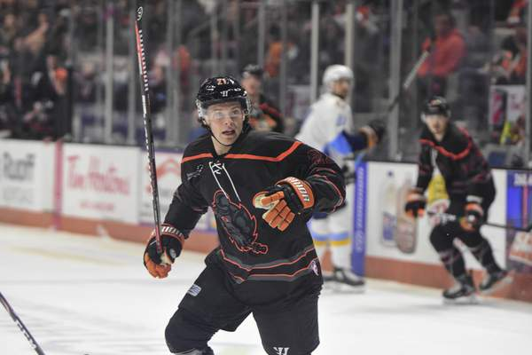 Mike Moore | The Journal Gazette Komets forward Gage Torrel watches for the puck in the first period against Toledo at Memorial Coliseum on Tuesday.