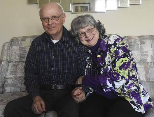 Michelle Davies   The Journal Gazette Sandy and Dean Benning met on Match.com and later married.