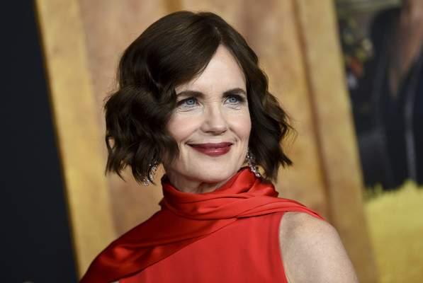 "Elizabeth McGovern is among cast members for ""War of the Worlds."""