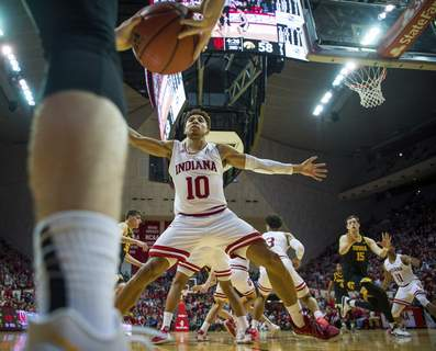 Iowa Indiana Basketball Indiana guard Rob Phiniseewill be the primary defender against Michigan's Zavier Simpson, who averages 8 assists, second in the country.(AP Photo/Doug McSchooler) (Doug McSchooler FRE)