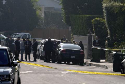 Rapper Killed Police officers and investigators work outside a Hollywood Hills home where a fatal shooting occurred on Wednesday, Feb. 19, 2020, in Los Angeles. (AP Photo/Ringo H.W. Chiu) (Ringo H.W. Chiu FRE)