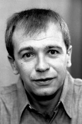 FILE - This 1974 file photo shows American playwright Terrence McNally in New York. McNally, one of America's great playwrights whose prolific career included winning Tony Awards for the plays Love! Valour! Compassion! and Master Class and the musicals Ragtime and Kiss of the Spider Woman, died Tuesday, March 24, 2020, of complications from the coronavirus. He was 81. (AP Photo/Jerry T. Mosey, File)