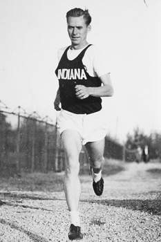 IU Athletics Bluffton native Don Lash was a star at Indiana University, an Olympian and winner of the James E. Sullivan Award as the nation's top amateur athlete on Jan. 1, 1939. He was inducted into the U.S. Track Hall of Fame in 1995.