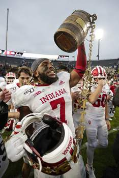 Indiana Purdue Football Associated Press Indiana linebacker Reakwon Jones  hopes his showing at the Tropical Bowl helps him get drafted. (Michael ConroySTF)