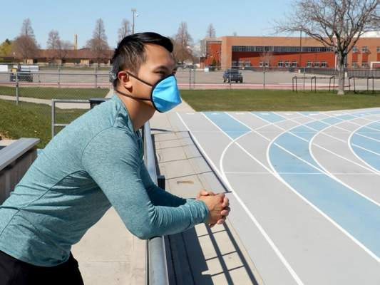Courtesy Oxystrap has beenproducing hand-washable and reusable N95-equivalent masks. Under current load, the San Diego company can produce 5,000 masks per week.