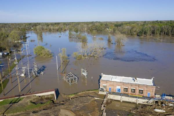 A look at the Sanford Dam on Wednesday, May 20, 2020. (Kaytie Boomer/The Bay City Times via AP)