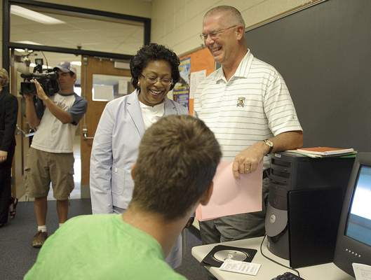 File  Fort Wayne Community Schools Superintendent Dr. Wendy Robinson steps in to visit Dan Gibson's computer programming class Monday morning at Northrop High School on the first day of school.