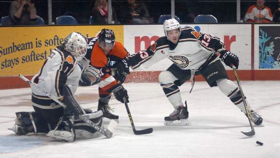 Pochiro Samuel Hoffman   The Journal Gazette: The Komets have made a contract offer to Zach Pochiro (13), seen here for Quad City in a 2016 game against the Komets at Memorial Coliseum.