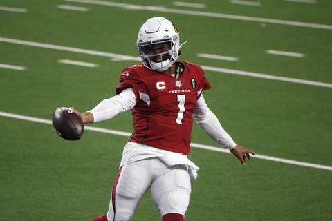 APTOPIX Cardinals Cowboys Football Arizona Cardinals' Kyler Murray celebrates running the ball for a touchdown in the second half of an NFL football game against the Dallas Cowboys in Arlington, Texas, Monday, Oct. 19, 2020. (AP Photo/Michael Ainsworth) (Michael Ainsworth FRE)