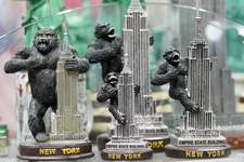 Virus Outbreak NYC Gift Shops Associated Press In what's usually a busy time of the year, souvenir shops in New York City have seen their lines of customers dwindle due to the coronavirus pandemic. (Mary AltafferSTF)