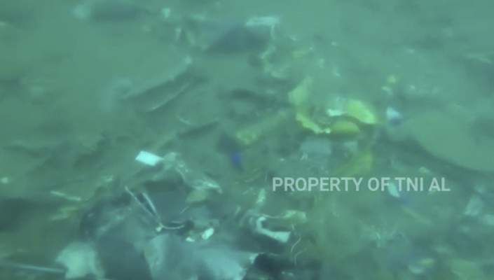 In this image made from undated video released by Indonesian Navy (TNI AL), debris lie on the sea floor in Java Sea where Sriwijaya Air passenger jet crashed, in Indonesia. (Indonesian Navy via AP)
