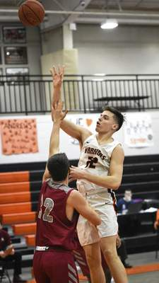 Mike Moore | The Journal Gazette Indiana Tech forward Josh Kline shoots the ball in the first half against Aquinas at the Schaefer Center on Thursday.