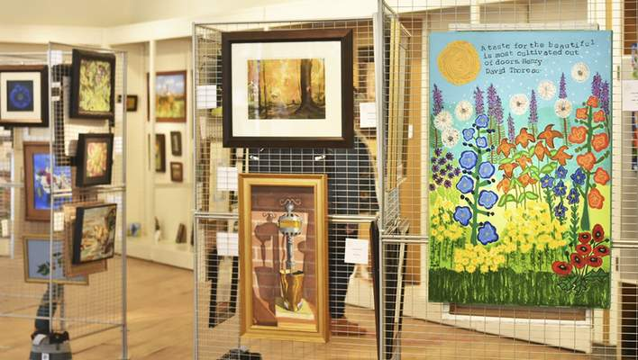 Katie Fyfe | The Journal Gazette  A pop-up gallery Saturday featured 40 local artists in the Fort Wayne area showcasing their work for purchase at The Gallery at Jefferson Pointe.