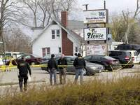 Tavern Shooting Wisconsin Associated Press Officials investigate the scene of a deadly shooting Sunday at Somers House Tavern in Kenosha, Wis. (Mike De SistiMBR)