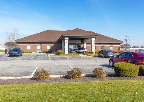 Courtesy  This 7,580-square-foot Fort Wayne Fresenius dialysis center property has been sold to an investment group, a real estate firm announced Monday. (aboveallphoto.com)