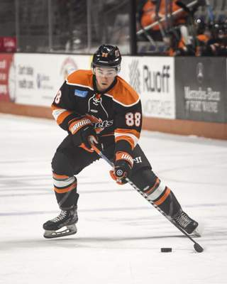 Mike Moore | The Journal Gazette Komets forward Alan Lyszczarczyk makes a move towards the net in the first period against Wheeling at Memorial Coliseum on Friday.