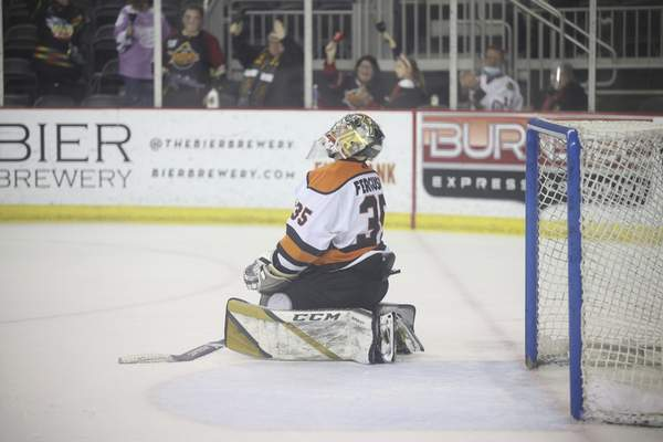 Whiteshark Photography Komets goalie Dylan Ferguson reacts after giving up a late goal to the Indy Fuel on Monday in Indianapolis.